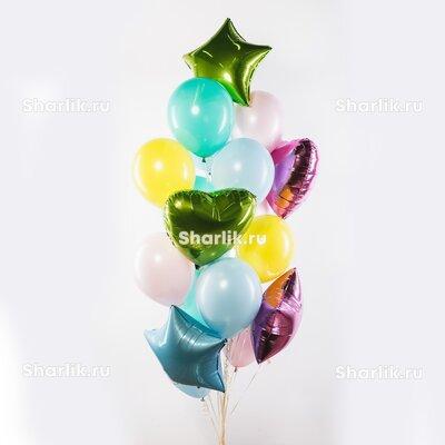 Фонтан из шаров со звездами и сердцами салатового, розового и голубого цвета и нежными шарами
