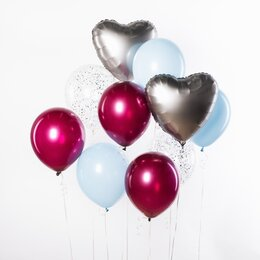 Фонтан из шаров с серебряными сердцами, розовыми шарами хром и голубыми шарами