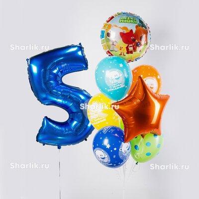 Фонтан из шаров с цифрой, оранжевой звездой и шарами мими-мишки с надписями: С днем рождения!