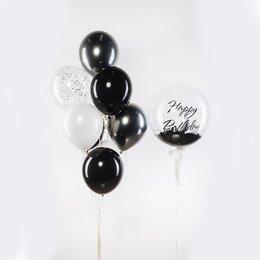 Фонтан из шаров с черно-белыми шарами и большим шаром Bubbles с черными перьями и надписью Happy Birthday
