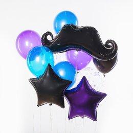 Фонтан из шаров с черными усами, фиолетовой и черной звездами и голубыми шарами
