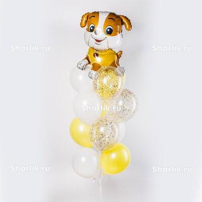 Фонтан из шаров с щеночком, бело-желтыми шарами и золотым конфетти