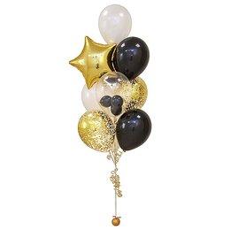 Фонтан из шаров с золотой звездой, черно-белыми шарами и шаром Bubbles