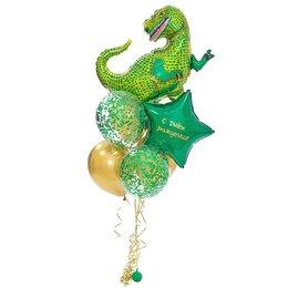 Фонтан из шаров с динозавром и большой звездой с надписью